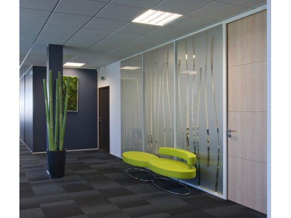 Am nagement d 39 un plateau de bureaux de 1000 m2 sur for Garage citroen aigues mortes