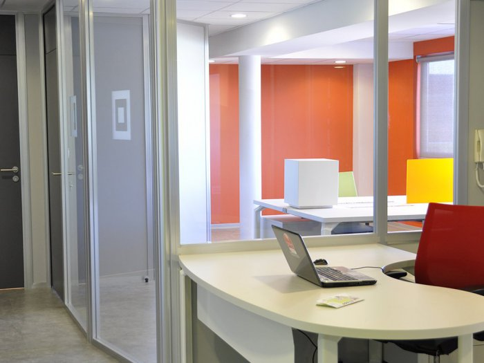 amnagement d 39 un plateau de 250 m2 la mutualite francaise lr sur montpellier. Black Bedroom Furniture Sets. Home Design Ideas