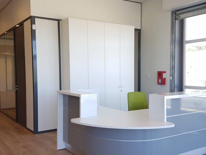 cloisonnement d 39 espace de bureau montpellier nimes. Black Bedroom Furniture Sets. Home Design Ideas